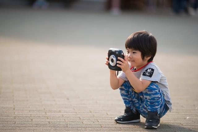 カメラ 男の子