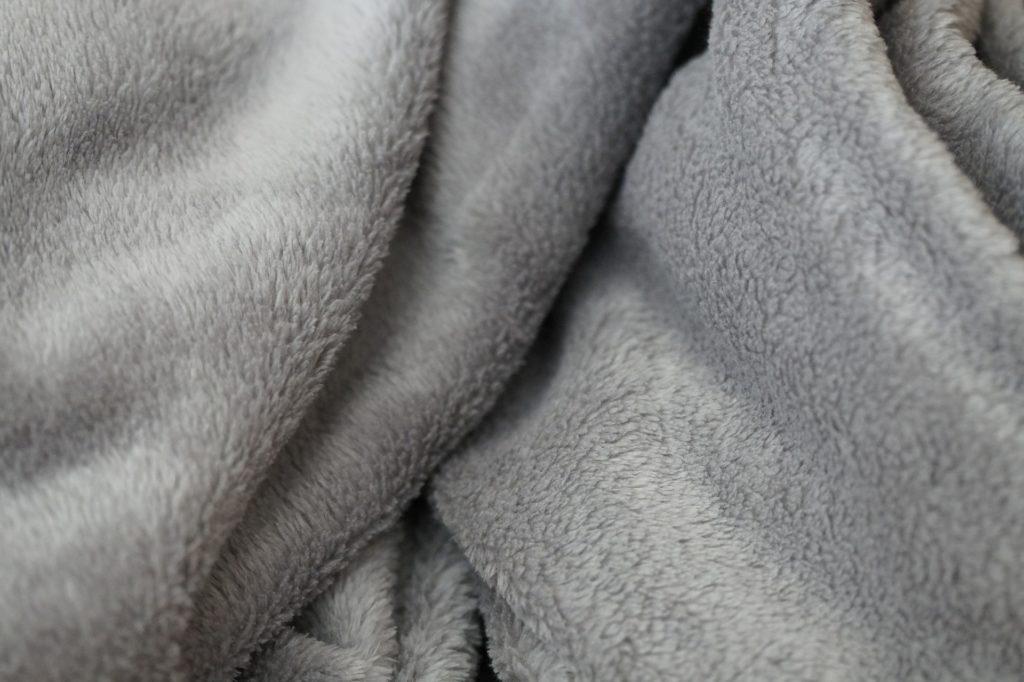 毛布 クリーニング 金額