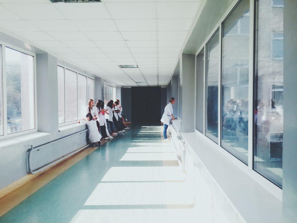 ゴールデンウィーク 病院